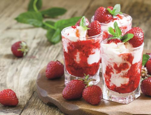 Rezept: Erdbeereisbecher zum verlieben